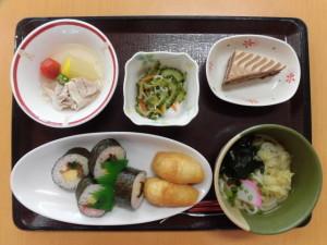 8月誕生会食1 (1)